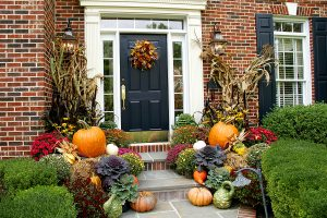 bigstock-autumn-decorations-about-outdoor-fall-decorating-ideas